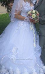 Майбутній наречені класна сукня. пропонуйте свою ціну  48-52рр  з ПРИМІРКОЮ