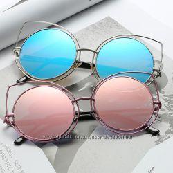 Крутые очки - три разных модели, 150 грн. Женские солнцезащитные ... d954ab979a8