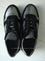 Кроссовки с блестками кожа