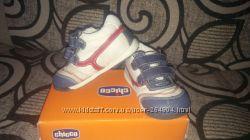 Кроссовки chicco для малыша 22 размер из Италии
