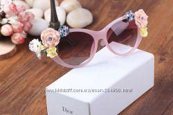Солнцезащитные очки DG с цветами