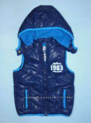 Жилетка с отстегивающимся капюшоном и Kуртка с принтом -LC Waikiki 92-98см
