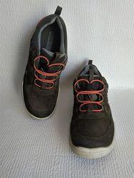 Ecco оригинальные кожаные кроссовки 38