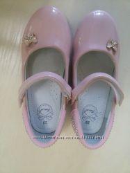 Туфли лаковые праздничные
