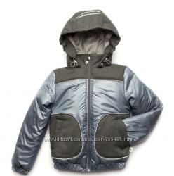 Модная детская куртка для мальчика