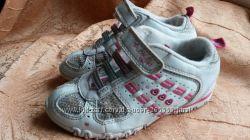 Фирменные кроссовки, кеды с мигалками  девочке.