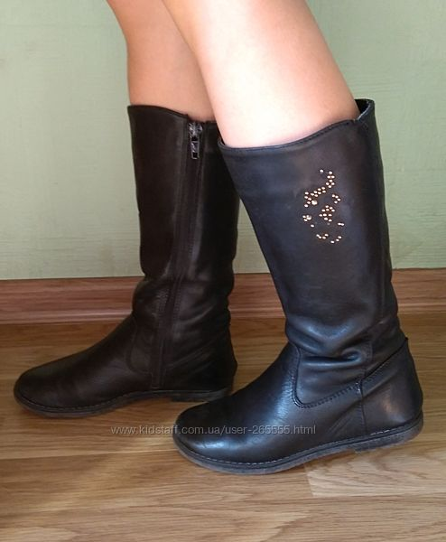 Демисезонные кожаные сапоги для девочки. Размер 31.