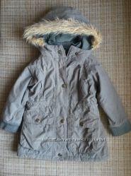 Фирменная куртка-парка на 2-3 годика. Демисезон.