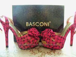 Модные босоножки Basconi
