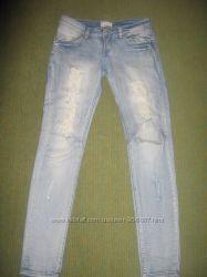 Стильные джинсы MOTIVI