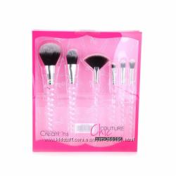 Подарочный набор кистей для макияжа BEAUTY CREATIONS - Chic Couture Brush S