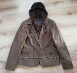 Кожаная куртка - жакет Чибо.