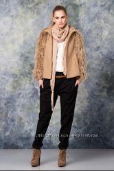 Пальто zara с меховыми рукавами