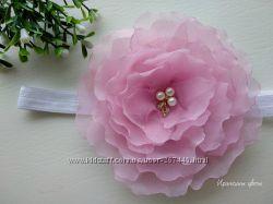 Шикарный цветок из шифона на повязке