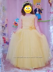 Нарядное платье для садика и школы
