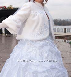 Свадебное платье,  шубка-накидка, туфли