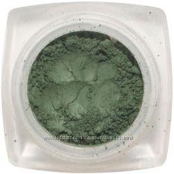 Тени минеральные. Глубокие зеленые оттенки.