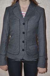 Продам школьный пиджак NUI VERY