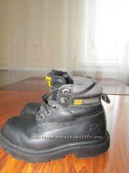 Ботинки для мальчика кожаные, фирма САТ осениие, демисезон, р-р 26