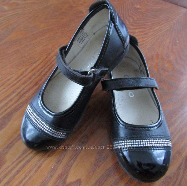 Туфли для девочки нарядные кожаные circo размер 27