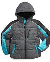 Стильная и красочная, зимняя куртка.