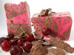 Натуральное мыло ручной работы Вишня в шоколаде