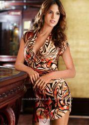 Замечательное яркое платье