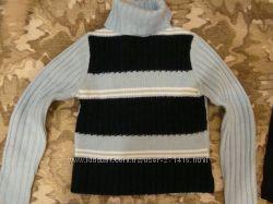 Продам теплый голубой свитер