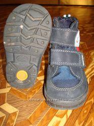Продам ботиночки на весну