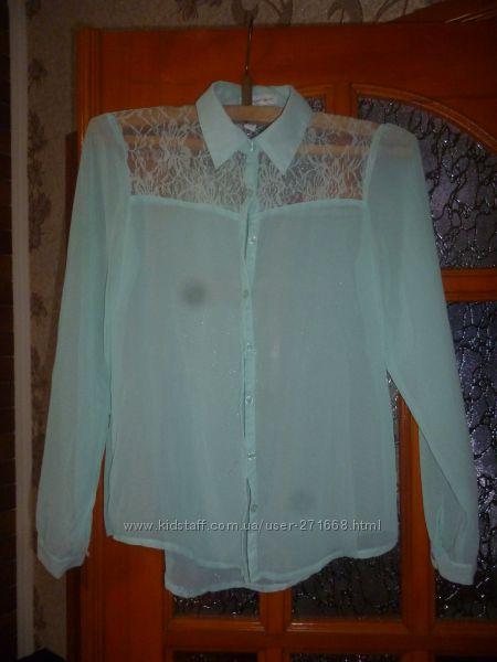 продам красивую блузку на разм 42-44 или M