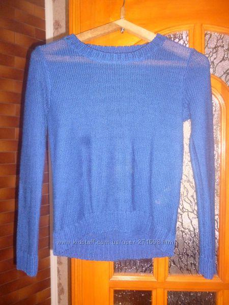 продам свитер на разм S или 42-44