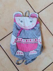 Веселий рюкзачок для дівчинки в гарному стані