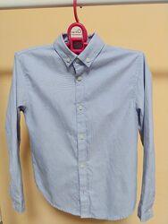 Блакитна сорочка для хлопчика 5-7 р в чудовому стані