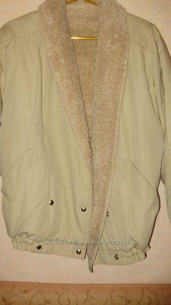 классная курточка 135грн торг уместен