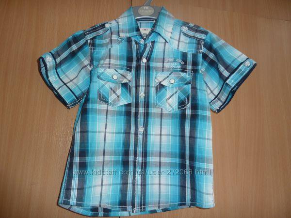 продам рубашку с коротким рукавом C&A рост 104 в идеальном состоянии