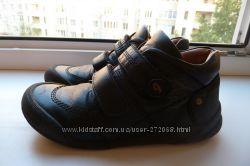 продам ботинки  Garvalin 33 размер