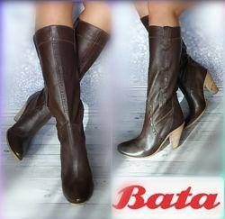 40-41р КожаНовые Bata Италия коричневые высокие  сапоги