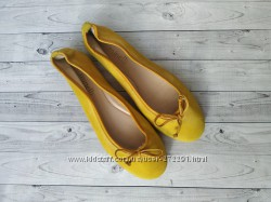 35-36р Замша Кожа Новые Minelli Франция желтые балетки, туфли