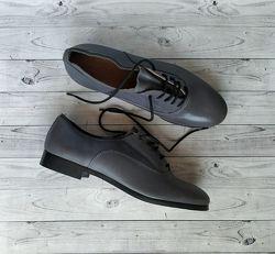 36-37р Кожа Новые Andre Франция кожаные туфли на шнуровке, мокасины