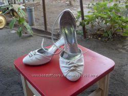 Отличные свадебные туфли идеальное состояние