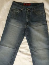 Легкие мужские джинсы за копейки