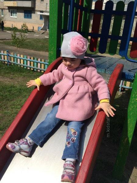 Весенняя шапочка с розовым бантом ОГ52 Украина