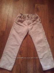 классные  узкие  джинсы   на мальчика 4-5лет, рост 110-116см
