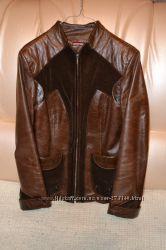 Шкіряна курточка в хорошому стані
