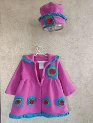 Яркое флисовое пальтишко для маленькой леди