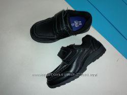 Кожаные туфли для мальчика f&f 28р 18см