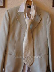Класический мужской костюм, светлый, 1 раз одет