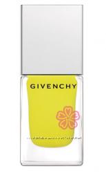 Givenchy  Le Vernis Intense Color   24