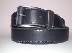 Серый кожаный ремень