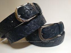 Синие женские кожаные ремни